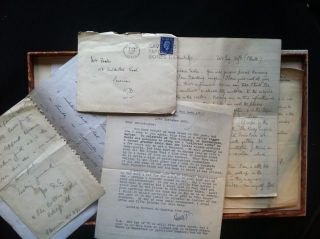 Six Autograph Letters and Three Autograph Cards Signed by Gibbings. Robert Gibbings, Archive of Autograph Letters.